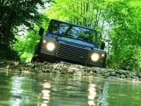 Land Rover Defender: Přežiji tě